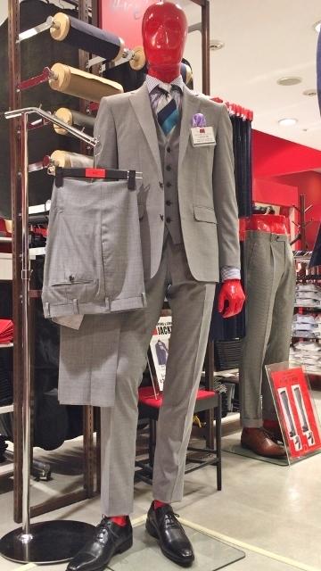 2パンツスーツがおすすめ!